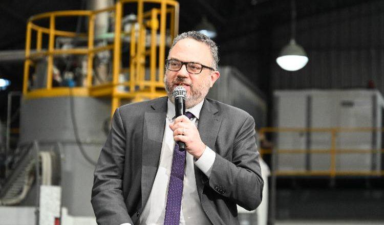 «En los primeros cinco meses de 2021 la industria tiene 25.000 empleos nuevos en comparación con 2019»