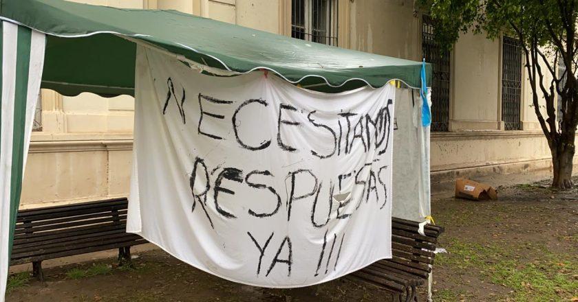 Despidieron a 45 trabajadores del Hospital Geriátrico Provincial de Rosario que habían sido contratados en pandemia