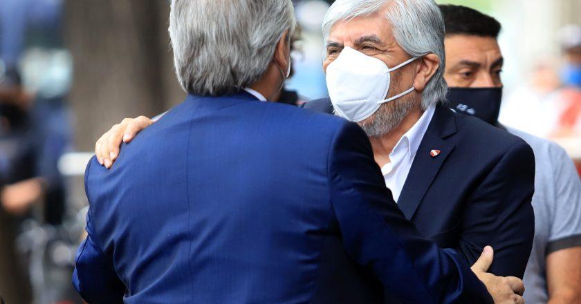 Con una asamblea presencial, Moyano vuelve a la esfera pública tras la renuncia de Facundo a la banca de diputado