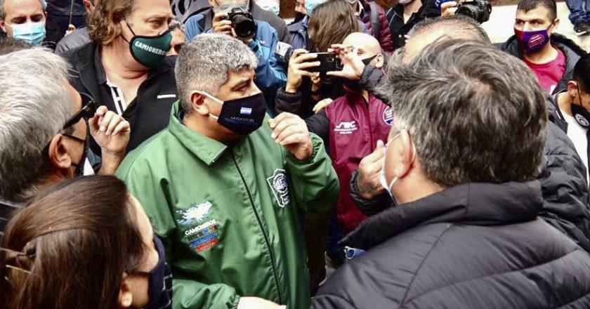 Moyano se apalanca en el conflicto de Garbarino y se proyecta como principal opositor de Cavalieri