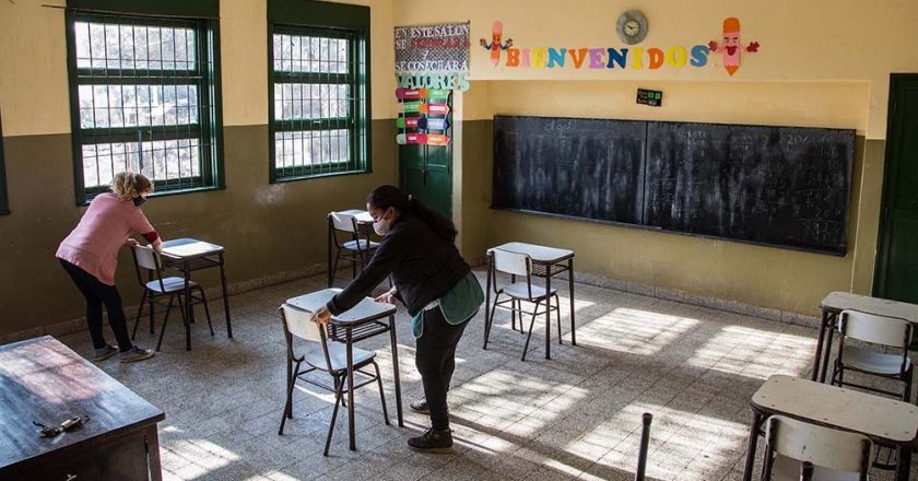 Los docentes adelantan que le pedirán a Kicillof una suba salarial que «supere a la inflación»