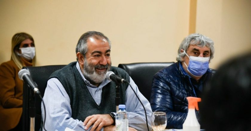 Nubarrón para Daer en el frente interno: la izquierda lo acusa de proscribirla en las elecciones de Sanidad