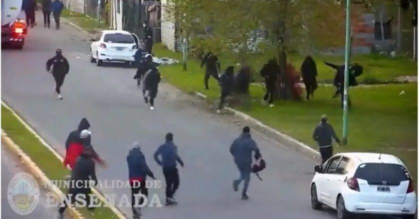 Con un feroz enfrentamiento y 10 heridos, «Pata» Medina y «El General» Tobar le dan la bienvenida al nuevo interventor de la Uocra La Plata