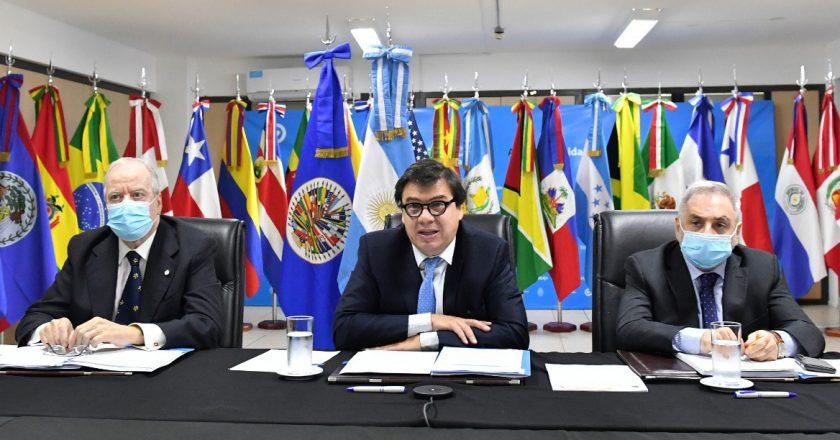 Moroni aseguró que se volverán a reabrir las paritarias en caso de que no se desacelere la inflación
