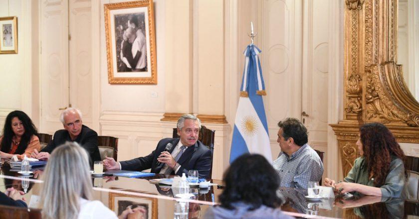 La CTA Autónoma se reunió con Alberto y se llevó el compromiso de que «no va a haber negociación de la deuda afectando los intereses del pueblo argentino»