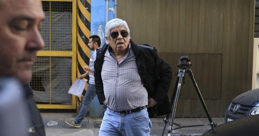 Siguen lo repudios a la intromisión de Moyano en la vida interna de Utedyc y ahora la condena llegó desde la UBA